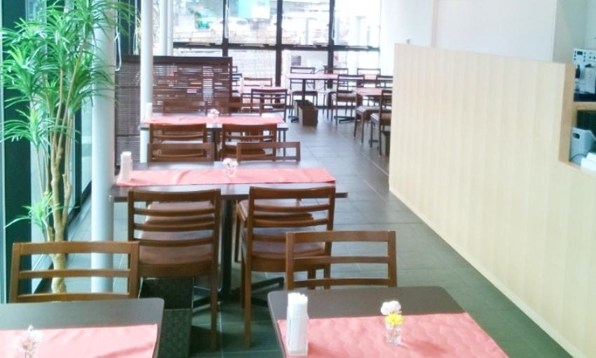 写真:レストラン内観